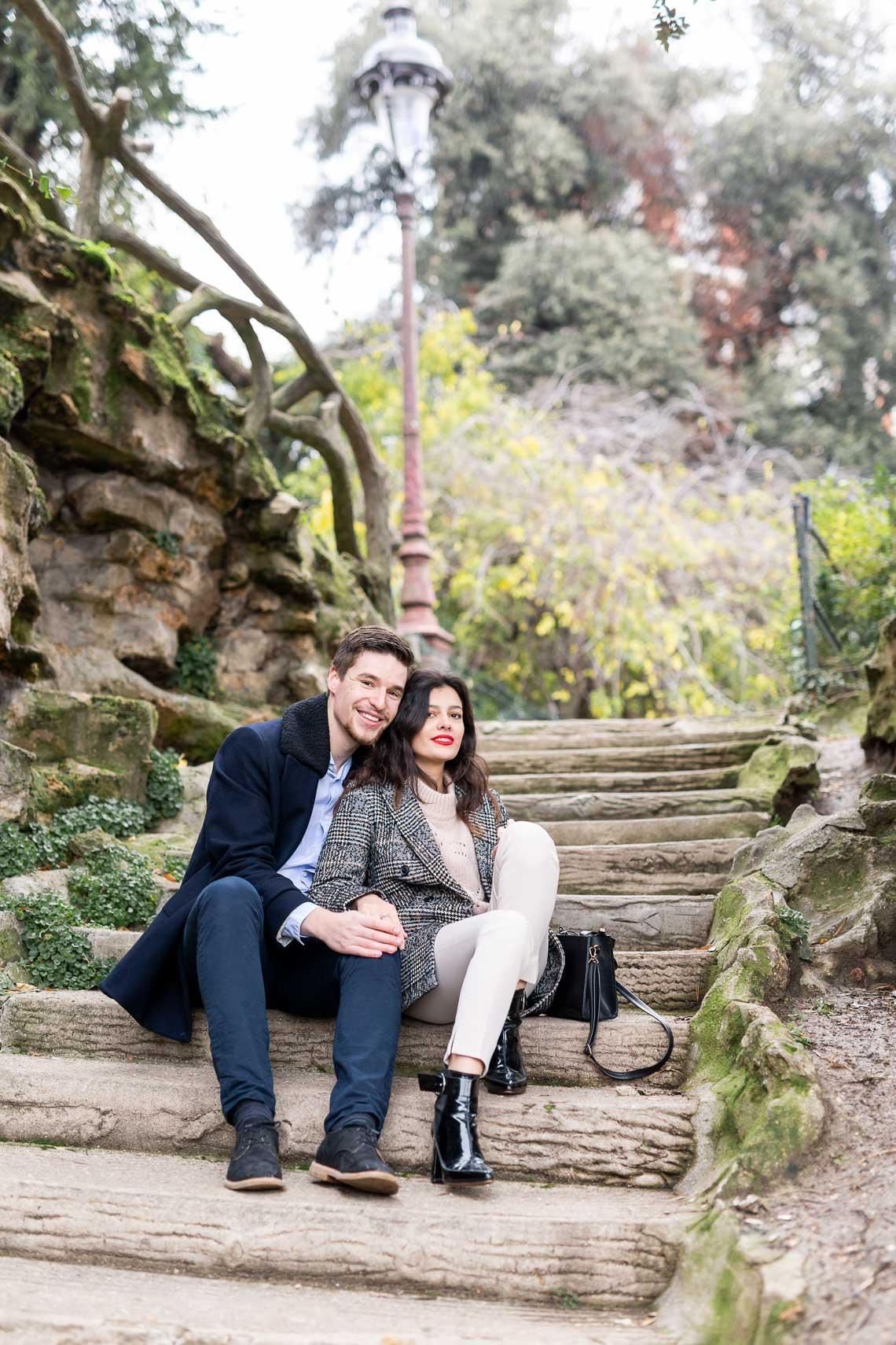 shooting romantic paris couple