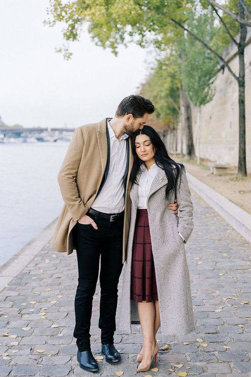 photo couple paris tenue printemps